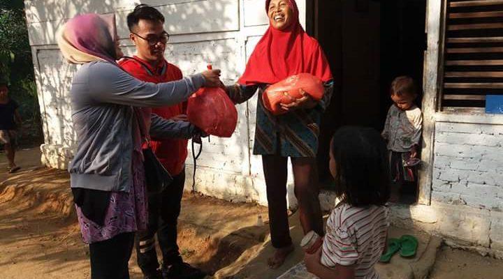 Berkah Sang Fitri untuk Ibu Sri
